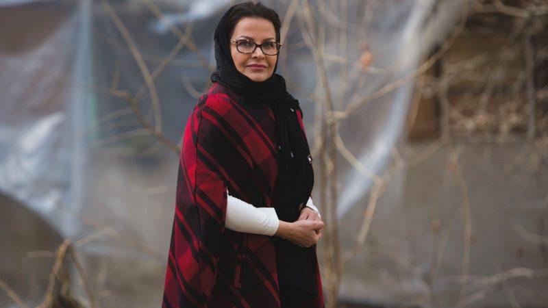 گفتوگو با بهناز علیپور گسگری دربارۀ رمان جدیدش جا ماندیم